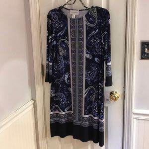 Donna Morgan. Sheath dress